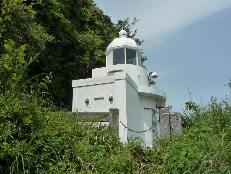 三角灯台(みすみとうだい・上天草市大矢野町)