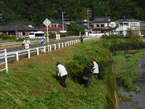 R1.9.8河川清掃1